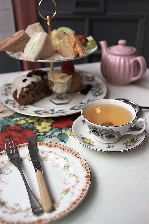 Uitgebreide afternoon tea bij The Tetley in Leeds