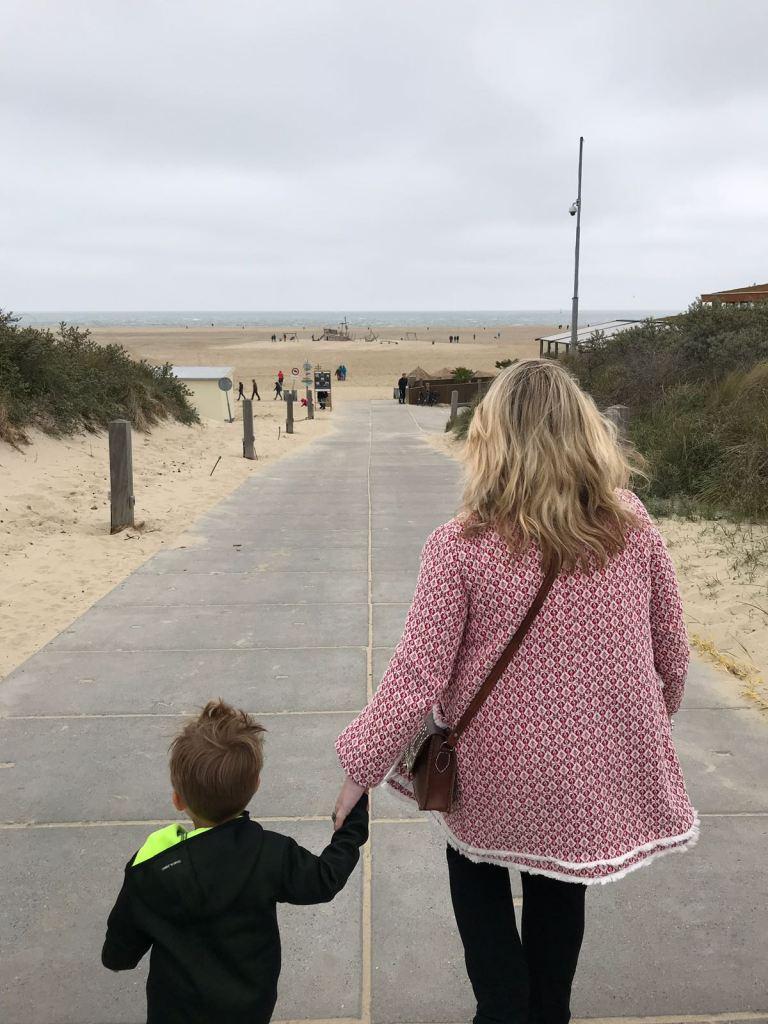 Naar het strand en Beachclub Lekker in Zeeland Foodblog Foodinista