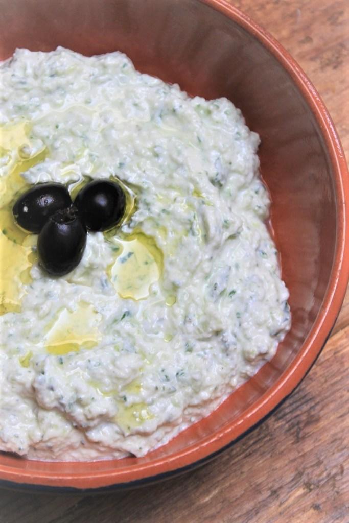 Zelf Griekse tzatziki maken recept van Foodblog Foodinista
