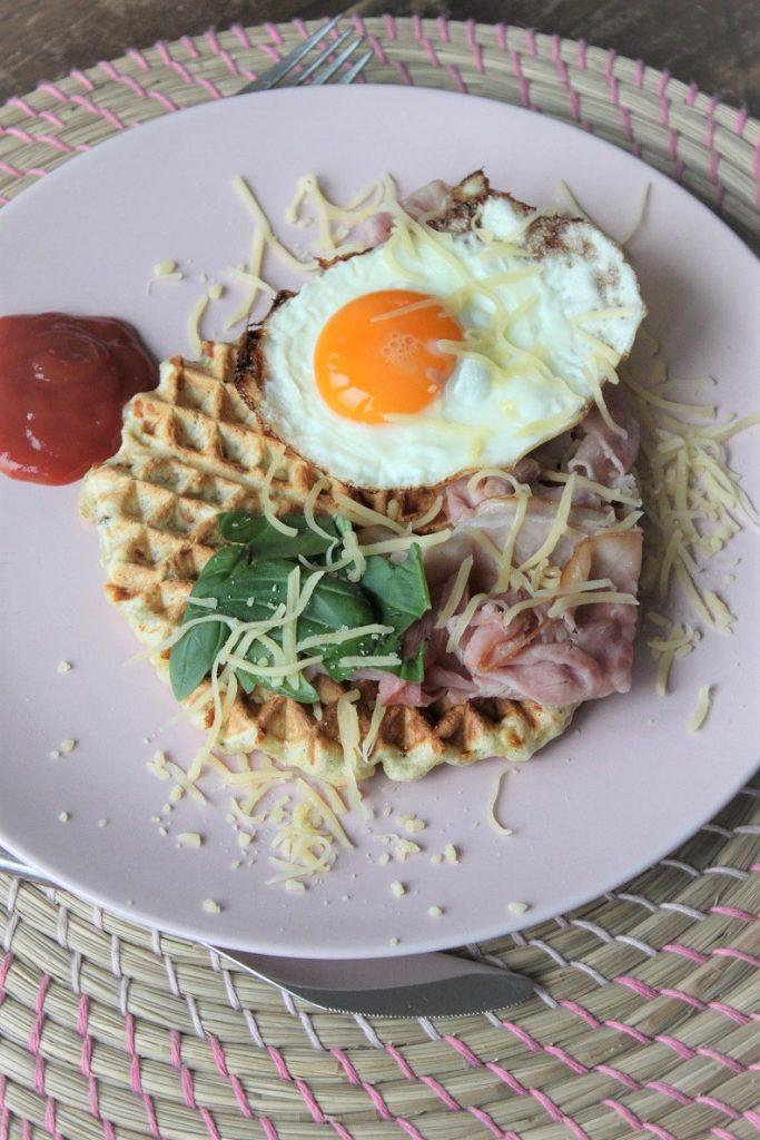 Hartige Italiaanse wafels recept met ei en ham van Foodblog Foodinista