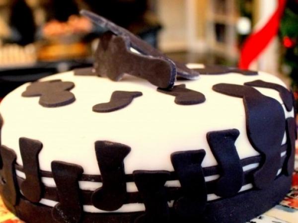 Karaoke-Cake4