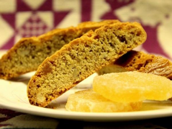 Ginger Pecan Biscotti