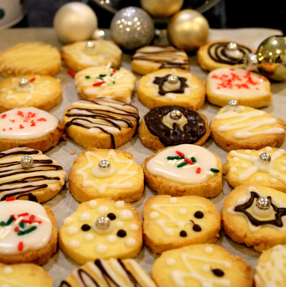 FoodInspires.com - Professional Chef Services - 2014 Christmas Cookie, #4 - Lemon Cookies
