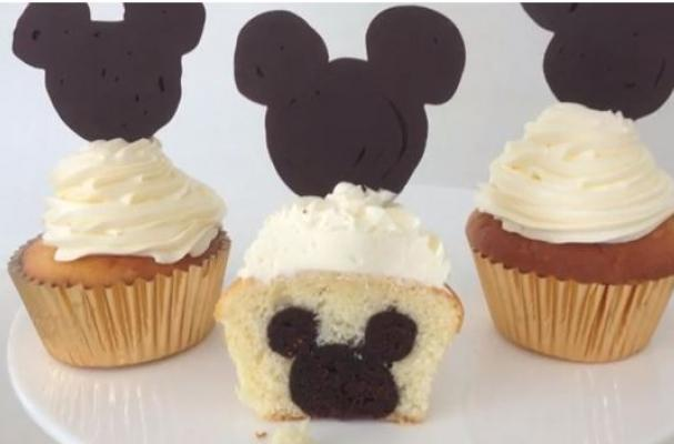 https://i1.wp.com/www.foodista.com/sites/default/files/styles/featured/public/field/image/mickeycupcakes.JPG