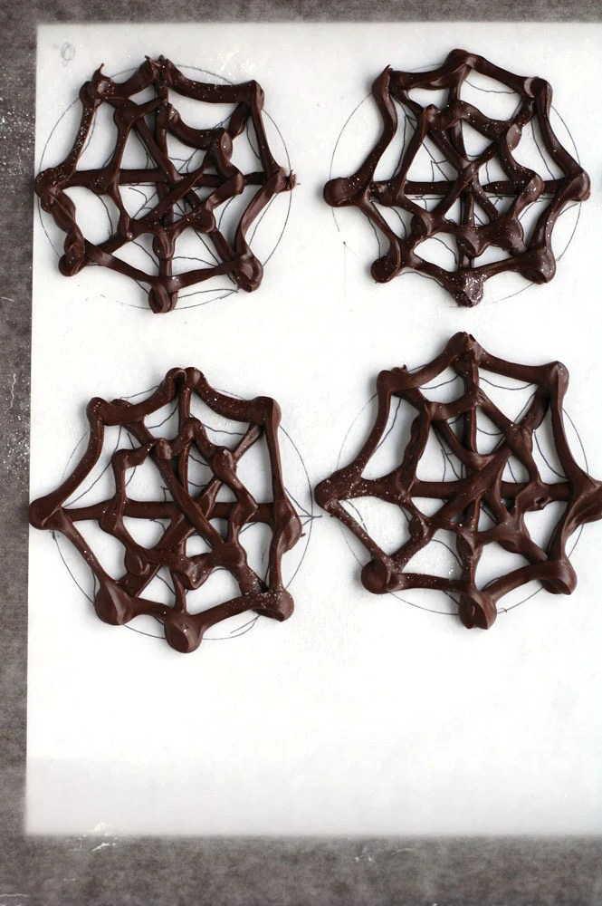 chocolate spider web toppers