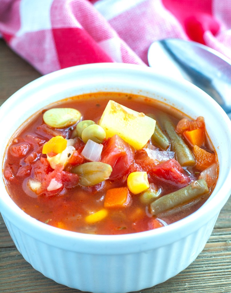 Instant Pot Vegetable Soup in a bowl
