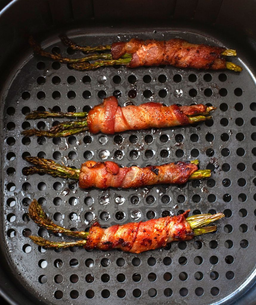 Bacon wrapped asparagus cooked in Air Fryer