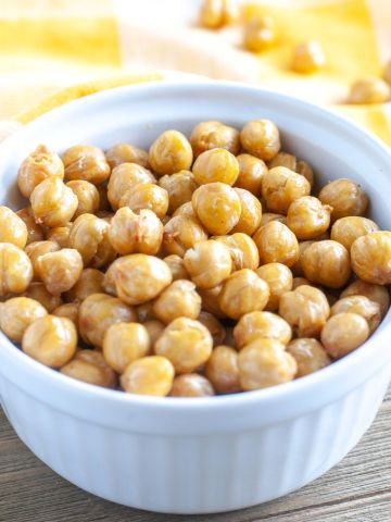 Bowl of chickpeas.