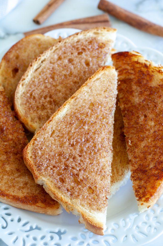 Cinnamon toast on a plate