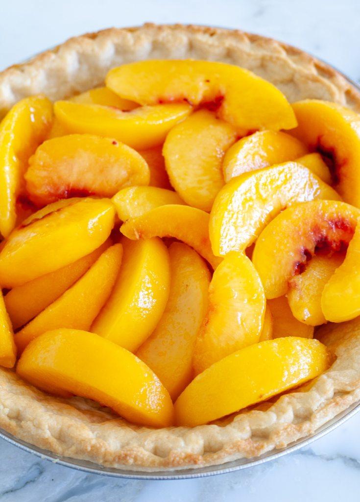 peaches in pie crust