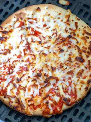 Cooked frozen pizza