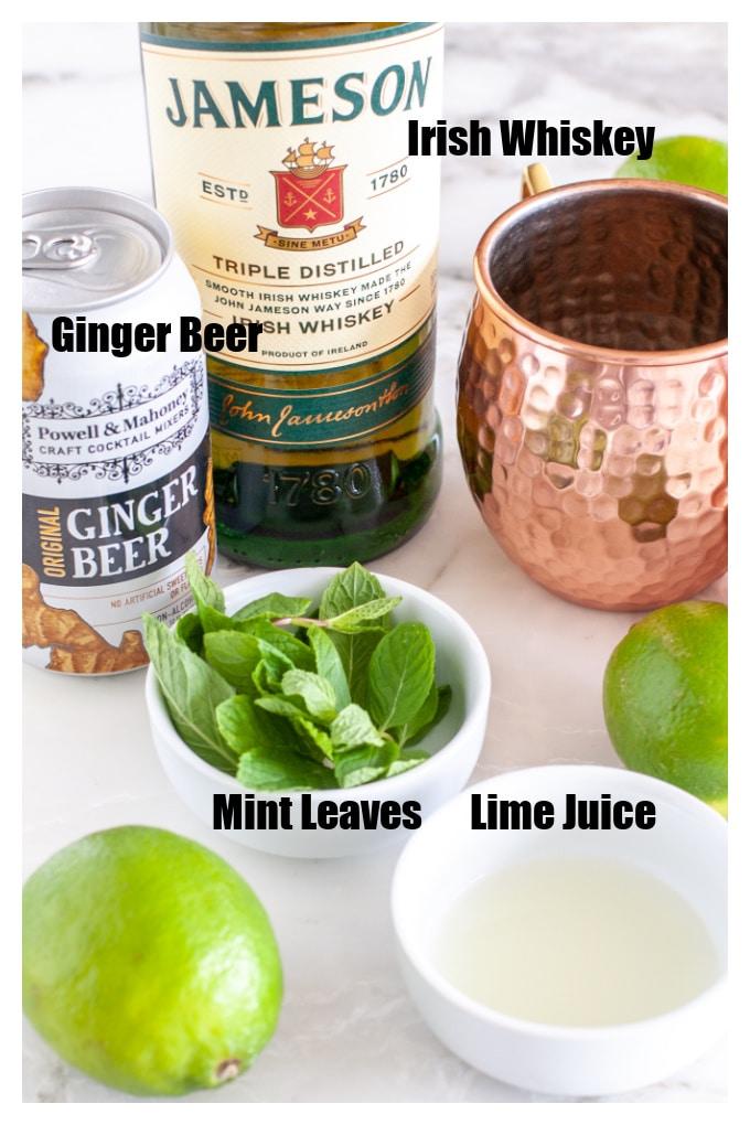 Bir şişe Jameson, nane yaprakları, limon suyu, zencefil birası.