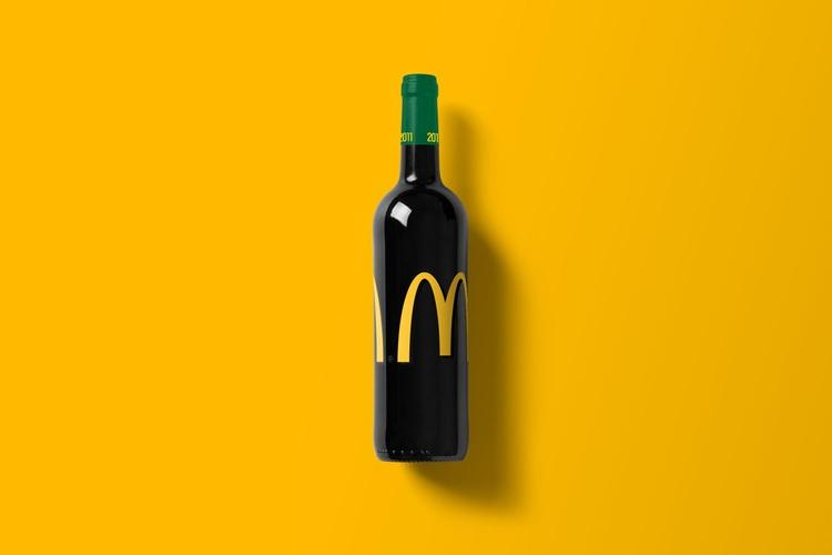 Wine-Bottle-Mockup_Mc-do