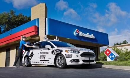 Ford e Domino's Pizza insieme per sperimentare una consegna alternativa… con i veicoli a guida autonoma