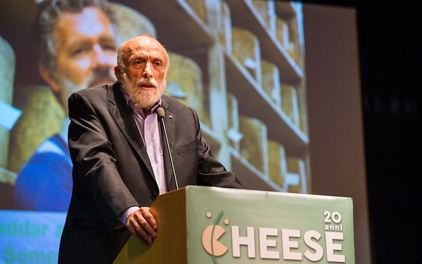 Petrini lancia la campagna di Slow Food Menu for Change sul clima: «Non c'è qualità alimentare senza rispetto dell'ambiente»