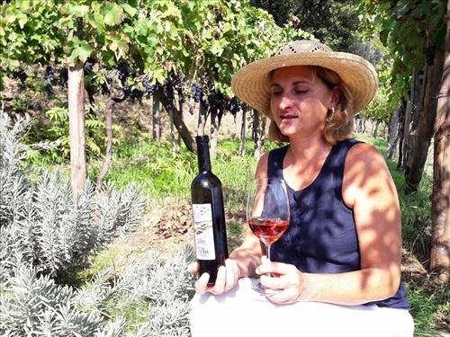 La Costa d'Amalfi vince a Vinitaly, Patrizia Malanga ritira il premio per il trentennale de Le Donne del Vino a Verona