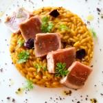 Orzo Di Martino con crema di zucca arrosto, tataki di tonno e polvere di olive nere by Pierpaolo Giorgio