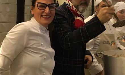 """La chef Sabrina Russo di Casa KBirr coordinatrice della mensa  """"Food For Soul"""" Made in Cloister di Massimo Bottura"""