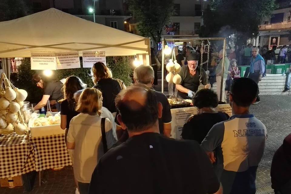 Int'o Street Food Festival, oltre 30 truck a Pomigliano d'Arco dal 7 al 9 giugno