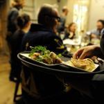 Cene fuori casa: ecco le scelte più consuete degli italiani per cibo e bevande
