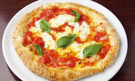 World Pizza Day – DELIVEROO, 20 CAMPI DA CALCIO DI PIZZA MARGHERITA ORDINATI NEL 2020