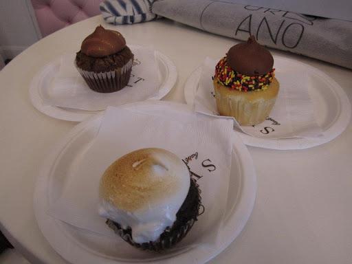 Sweet Bakery, Boston Smore Cupcake