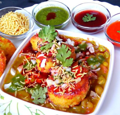 Ragda Patties Recipe, Ragda Pattice Recipe, Ragda Patis Recipe, Ragdo Patties Recipe, Street Food Recipe, Chaat Recipes.