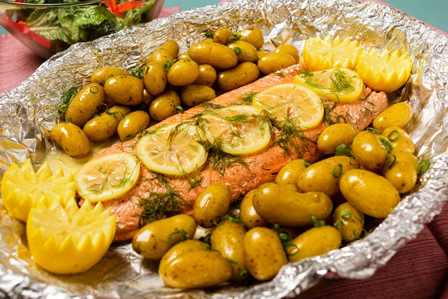 Roasted Salmon with Lemon and Dill
