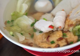 Fish Ball Breakfast at Restoran Kong Teck Sandakan