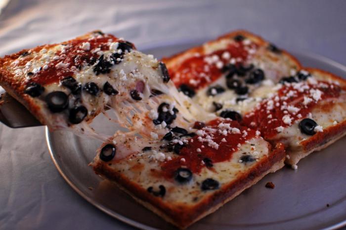 Via 313's Greek: ham, onions, olives and feta. (Photo: Via 313/Facebook.)