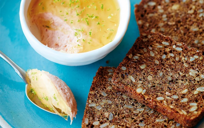 hot-smoked salmon pâté