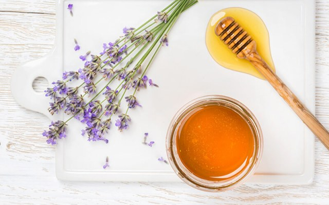 Local honey against hay fever complaints