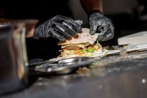 foodtruck met burger hamburger