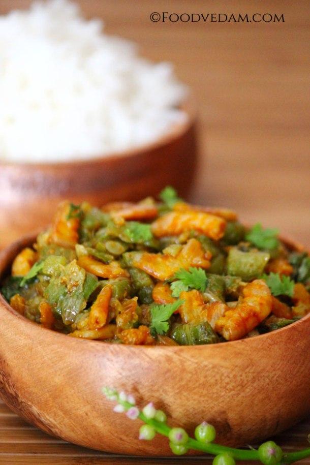 Dry-prawns-ridge-gourd-curry