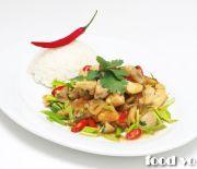 Курица с орешками кешью в Тайском стиле