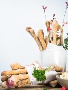 brotsticks, schnell, Teig, lagern, 2 wochen im kuehlschrank, apero, snack, idee, einfach kochen, einfaches rezept, rezepte, schweizer foodblogs, foodwerk.ch, foodwerk, foodblog, blog, food, kochen, backen, cook, bake, swiss, swiss foodblog, foodblogger, foodie, instafood, schweizer foodblog, luzern, kochanleitung, foodies, foodporn, rezept ideen, menuevorschlaege, menueplan, vorspeise, hauptgang, dessert, familyblog