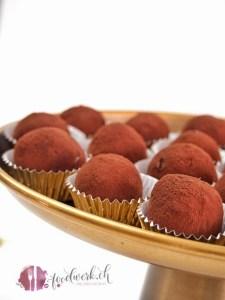 baileys kugeln, kakao pulver, kugeln formen, kugeln, no bake, keks, weihnachten, festtage, verwoehnen, întensiver geschmack,