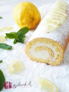 Lemon Curd als Füllung für eine frische Zitronen Roulade