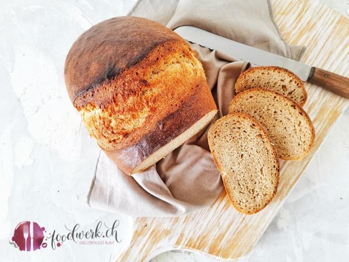 """Herrlich locker sollte das Berner Brot sein. Ideal ist, wenn das Brot beim anschneiden richtig """"kracht""""."""