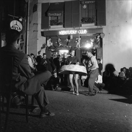 6_Robert Doisneau_La toupie_Paris 14 juillet 1959