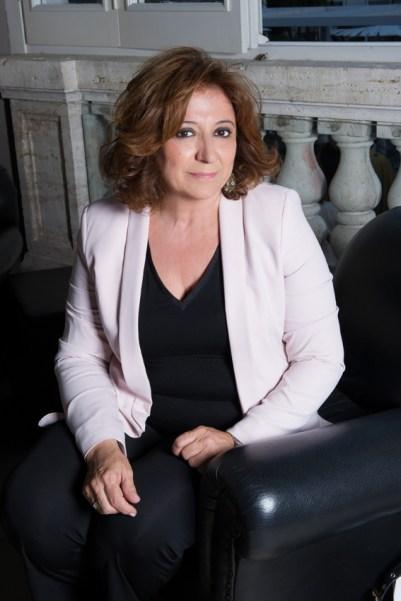 LAURA DELLI COLLI - Foto Angela Lo Priore(1) (1)