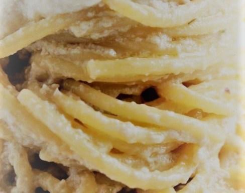 FOOD/ LE ZEPPOLE DI SAN GIUSEPPE E UN BICCHIERINO DI LIMONCELLO IN OMAGGIO ALLA COSTIERA AMALFITANA