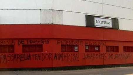 Monumental-amanecio-frases-Passarella-TN_OLEIMA20111206_0038_5