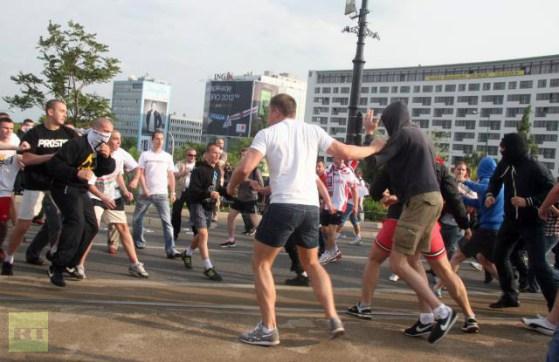 hooligans russia polonia varsavia 2012