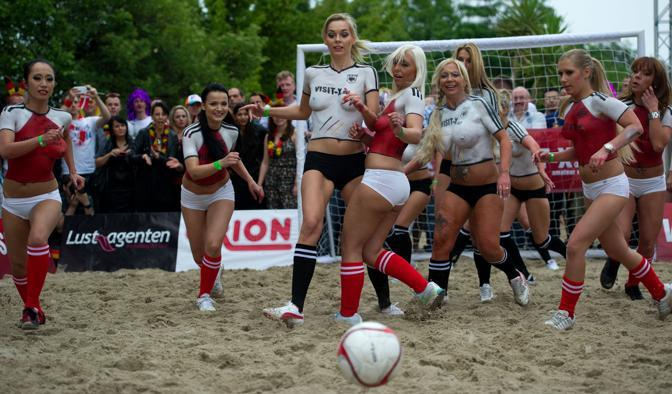 porno-football
