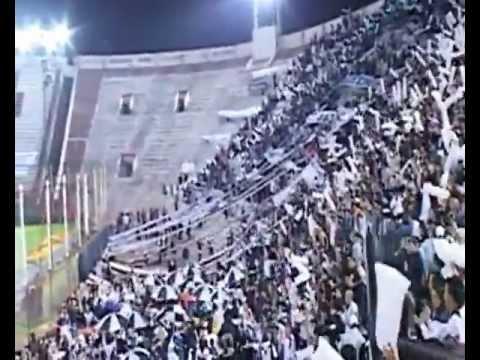 Calcio e 45 giri in Argentina con il coro de La peste blanca All Boys