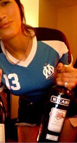 Olympique Marseille: skingirl con maglia da gioco