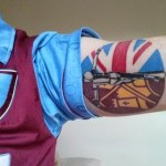 West ham: skinhead crucified tattoo e martelli