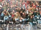Genoa: skinhead esultano al gol di Skuravy; 1991