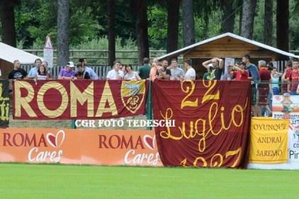 tifosi roma ritiro pinzolo